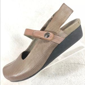 OTBT metallic and leather strap wedge heel 8.5